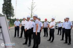 中交一公局集团党委副书记、总经理韩国明到张家港高铁新城项目开展安全环保督查,并就项目管控模式进行调研指导